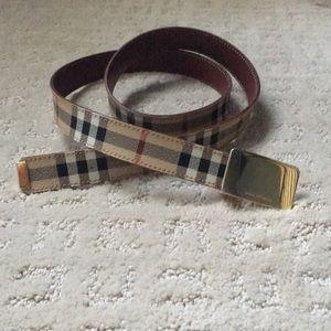 Burberry belt 40/100
